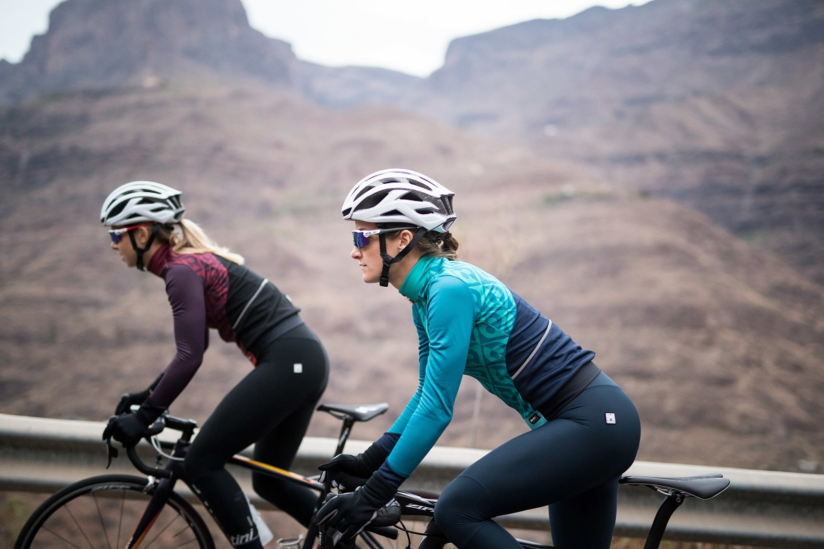 LIZZIE X SANTINI - FOR THE SUPERWOMEN OF CYCLING